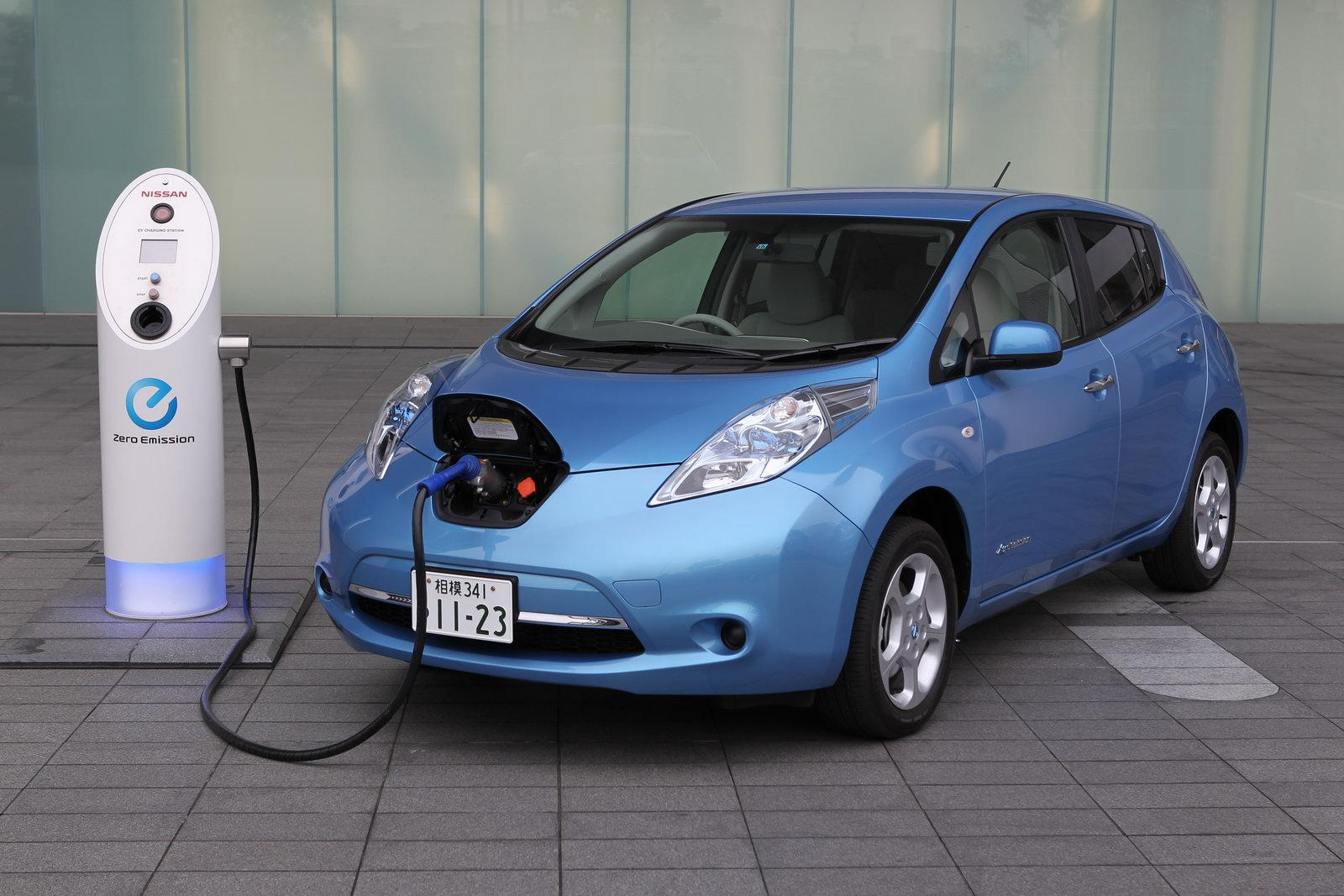 electric cars simon dare 39 s blog. Black Bedroom Furniture Sets. Home Design Ideas